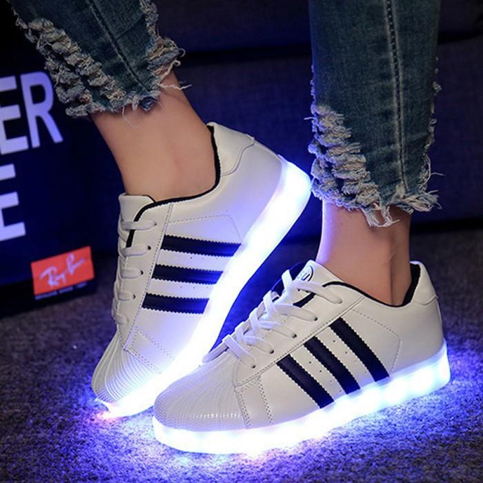 Promotion de groupe adidas chaussure led.Dédié à économiser